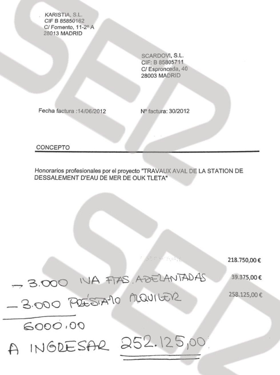 Scardovi paga a Karistia la parte de la comisión por la adjudicación del contrato del sistema de canalización de aguas en Argelia.