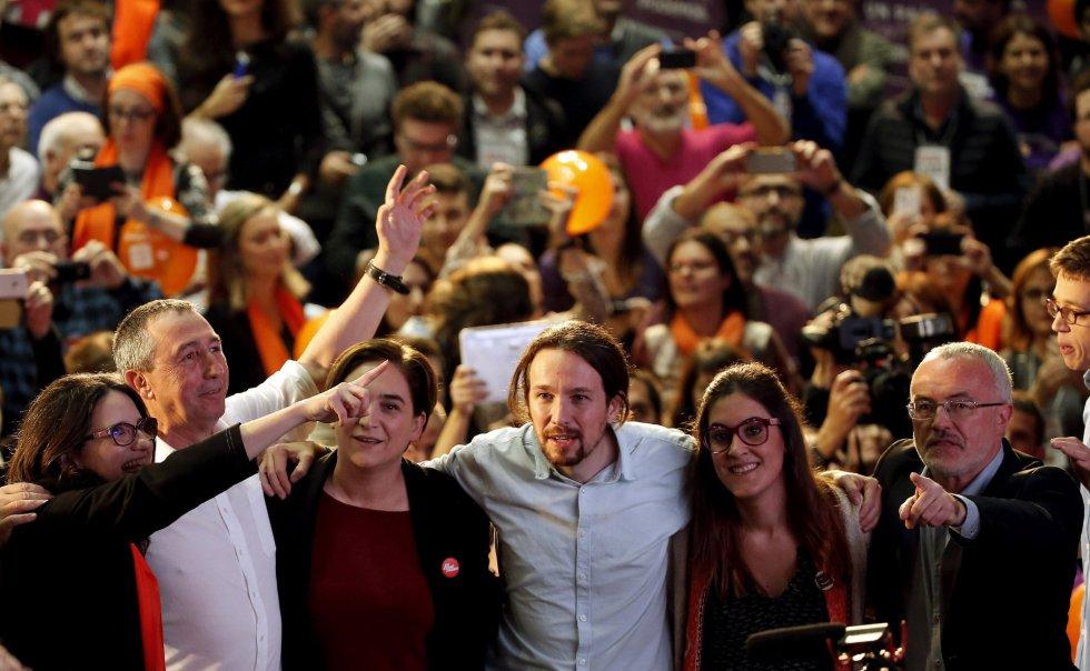 El candidato de Podemos a la Presidencia del Gobierno, Pablo Iglesias, cierra la campaña electoral de Compromís-Podemos junto a la vicepresidenta del Consell, Mónica Oltra, y la alcaldesa de Barcelona, Ada Colau
