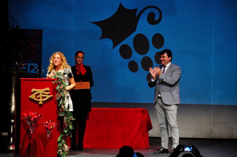 Concedida a la Dinastía de los 'Litri'. Recogió el premio Miriam Báez Spínola, de la familia 'Litri', entregó Gabriel Cruz, Alcalde de Huelva