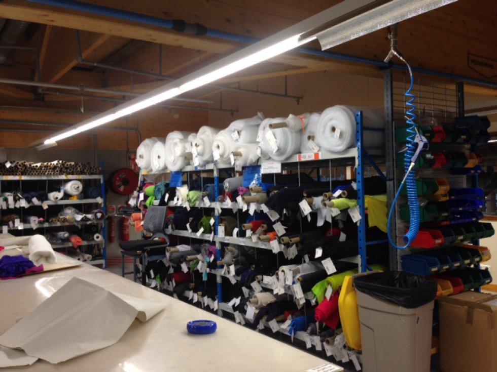Muestra de la selección de materiales empleados en la fabricación de las prendas de esquís.