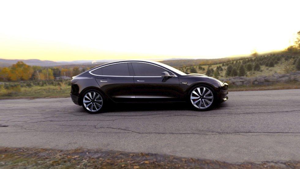 El 'Model 3', nuevo modelo de Tesla, con el que pretende hacer que los coches eléctricos se transformen en medios de transporte de masas.