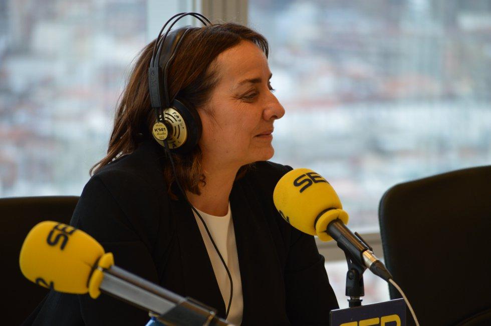Pepa Bueno emitiendo el Hoy por Hoy desde la Torre Iberdrola de Bilbao