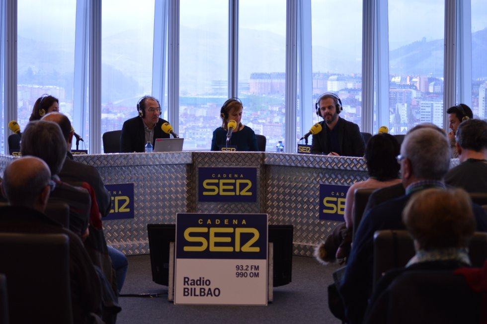 El equipo de Hoy por Hoy emite desde la Torre Iberdrola de Bilbao