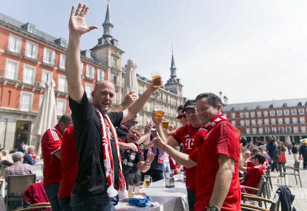 Alemanes en la Plaza Mayor de Madrid