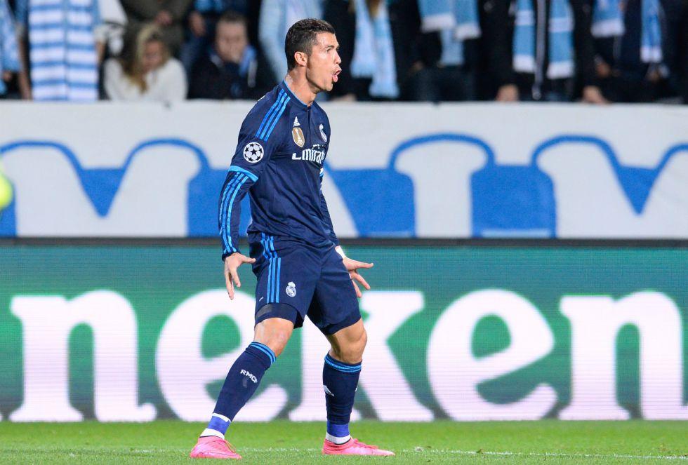 El conjunto todavia de Benítez vencía 2-0 gracias a un doblete de Cristiano Ronaldo, que superaba en goles a Raúl