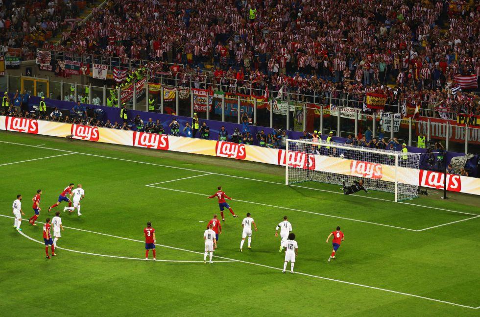 Griezmann envió el lanzamiento de penalti al larguero