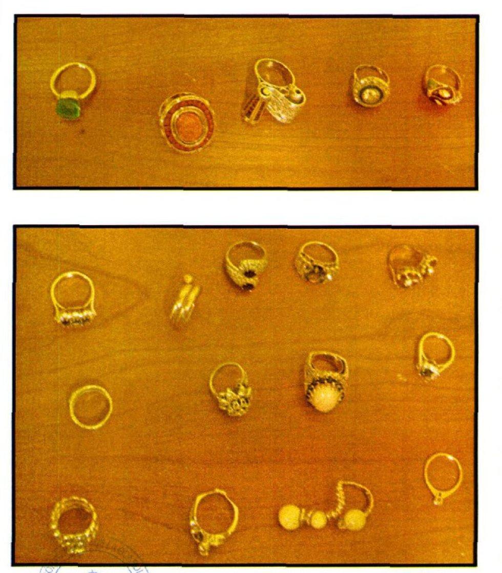 Anillos de oro propiedad de Langdon.