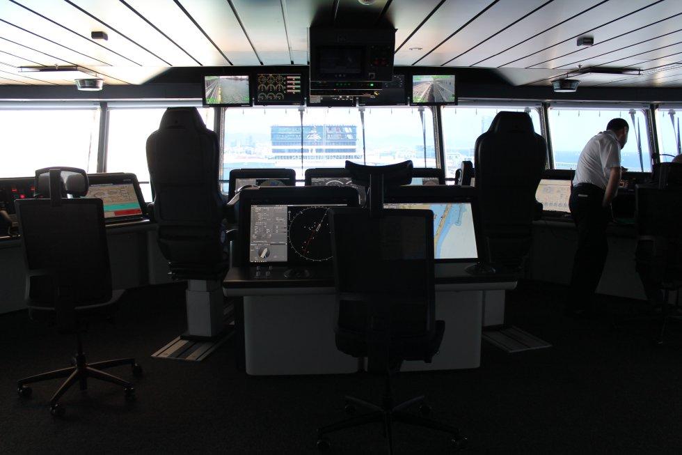 Puente de mando del crucero más grande del mundo