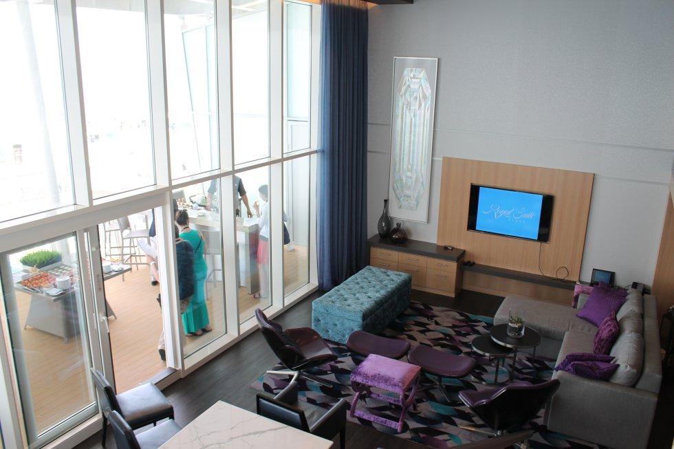 Vista desde el segundo piso de la suite más lujosa del crucero.