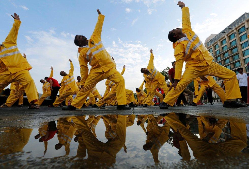 Día Internacional del Yoga en Bombay.