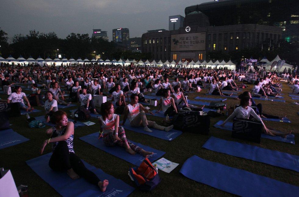 Día Internacional del Yoga en Seul, Corea del Sur.