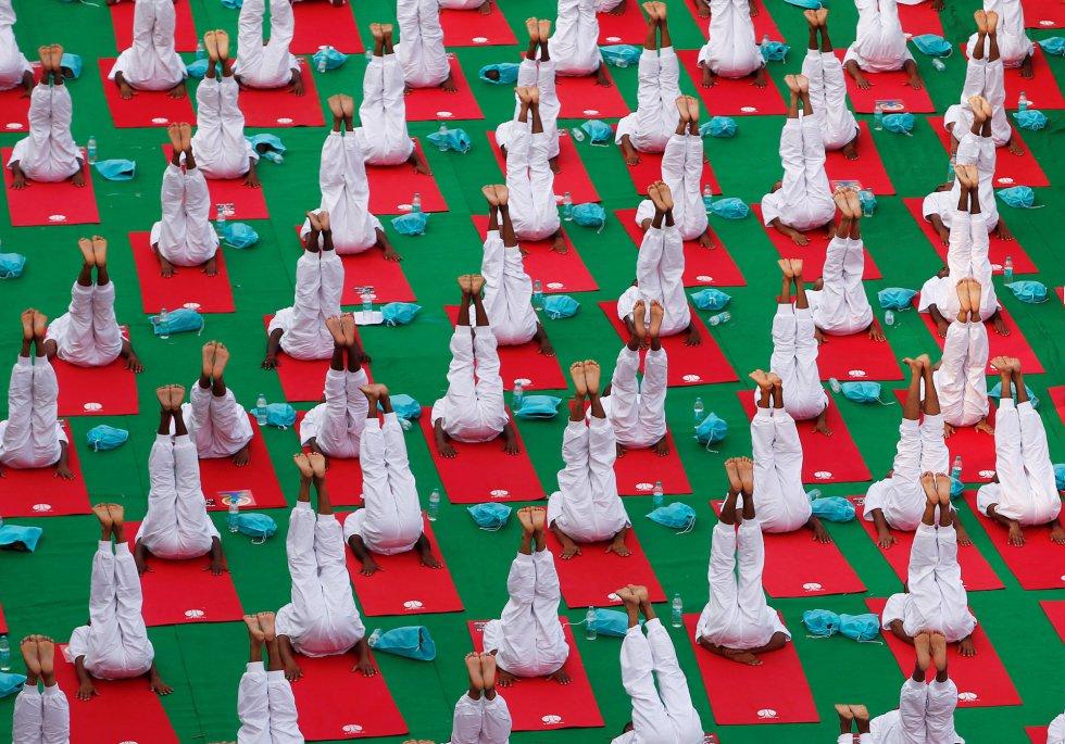 Día Internacional del Yoga en New Delhi, India.