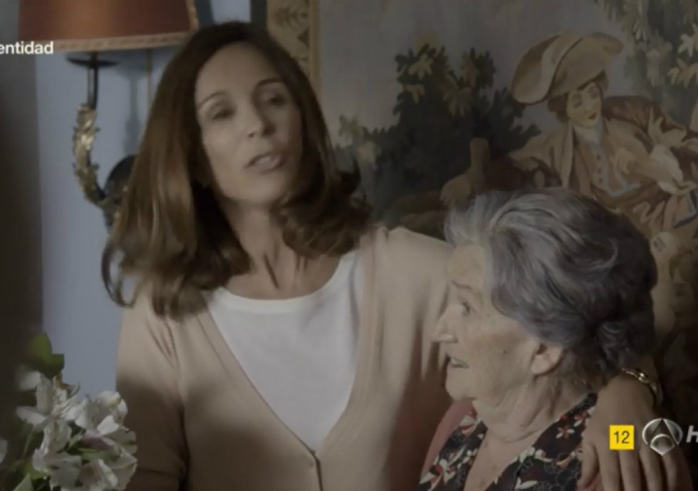 Su último papel en televisión fue en 'Sin identidad' (2014), interpretando a La Tata de María Fuentes