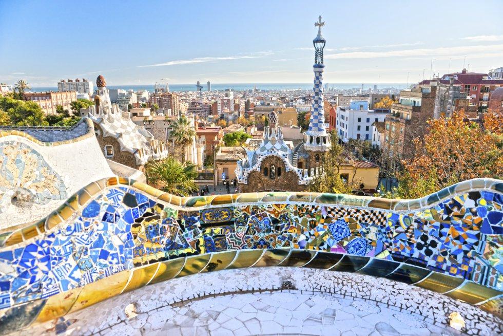 Con 8,2 millones de visitantes, Barcelona es la ciudad más visitada de España y la cuarta de Europa.