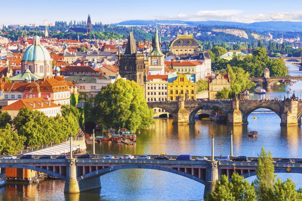 Praga, con 5,81 millones de visitantes, es la novena ciudad más visitada de Europa.