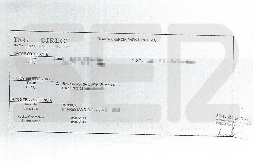 Justificante de la transferencia emitida por la pareja que compró la vivienda protegida de Ramón Espinar.