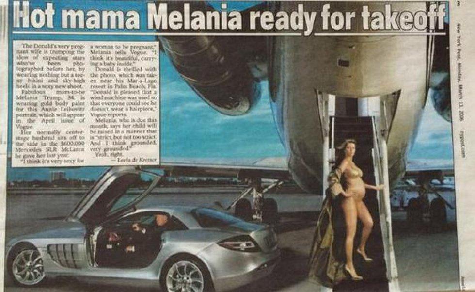 Melania posó en 2006 para la revista Vogue embarazada de 7 meses en biquini dorado para la fotógrafa Annie Leibovitz.