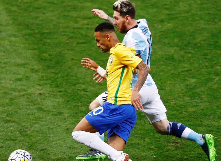¿Quién es más rápido Neymar o Leo Messi   18af8c054577c