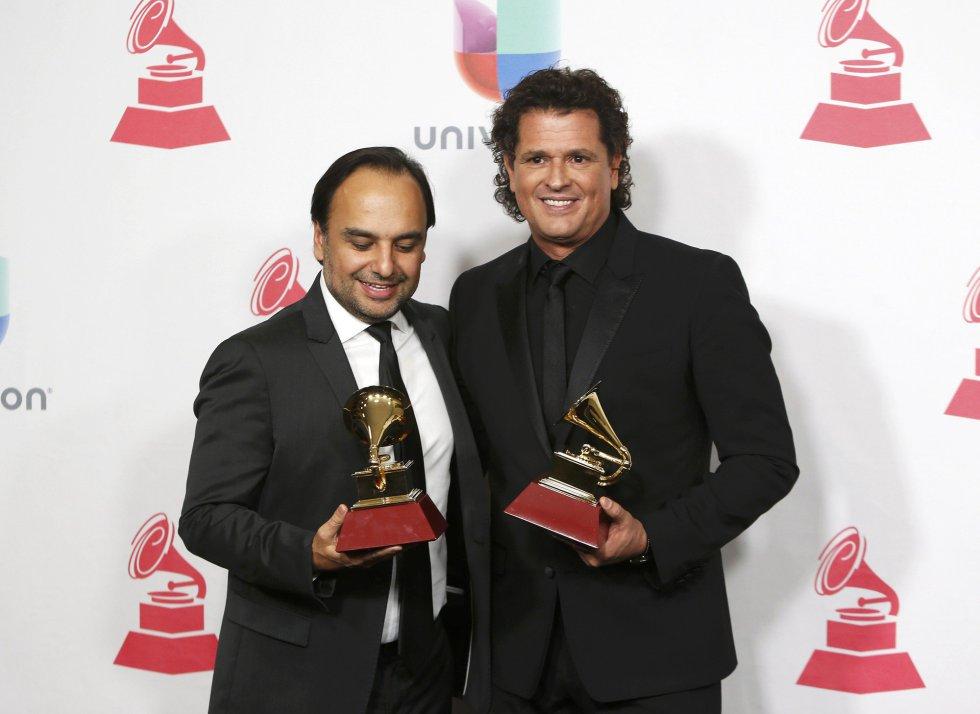 Andres Castro y Carlos Vives, premio al disco del año por 'La Bicicleta'.