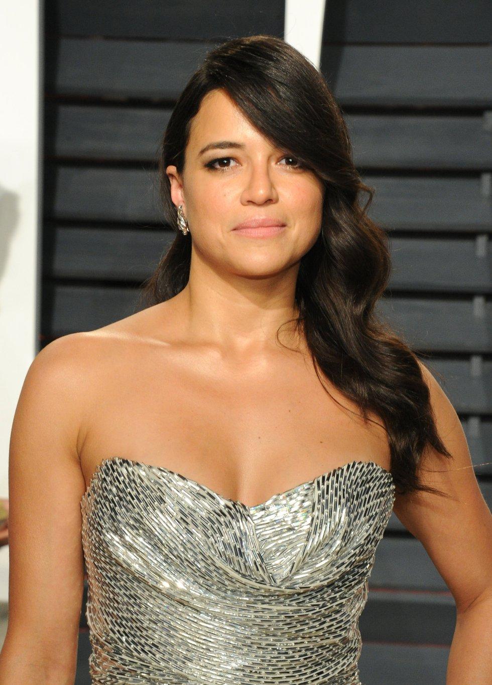 La actriz Michelle Rodriguez en la fiesta de Vanity Fair.