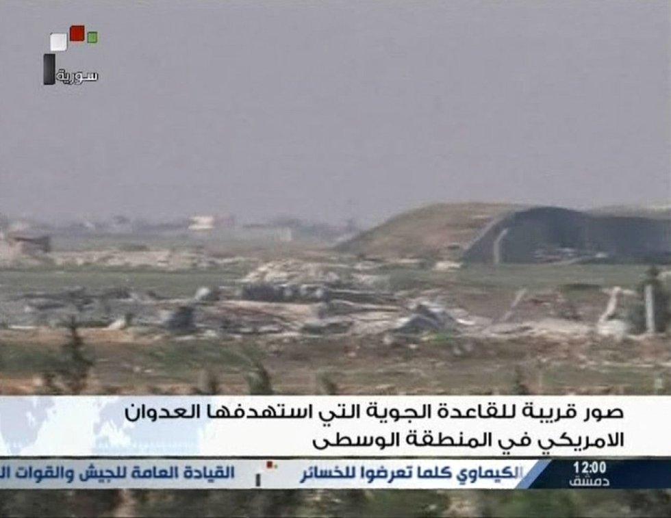 Imagen tomada de un vídeo emitido por la televisión siria que muestra la zona atacada por EEUU.