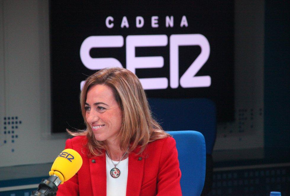 Carme Chacón, durante una entrevista en los estudios de la Cadena SER