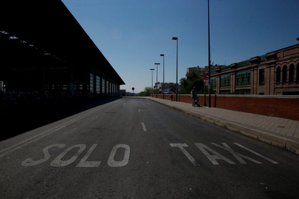 La parada de taxis de la estación de Atocha, vacía