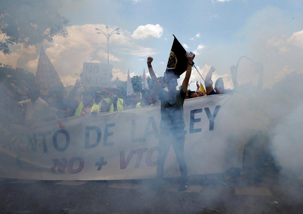 La manifestación de los taxistas contra Uber y Cabify