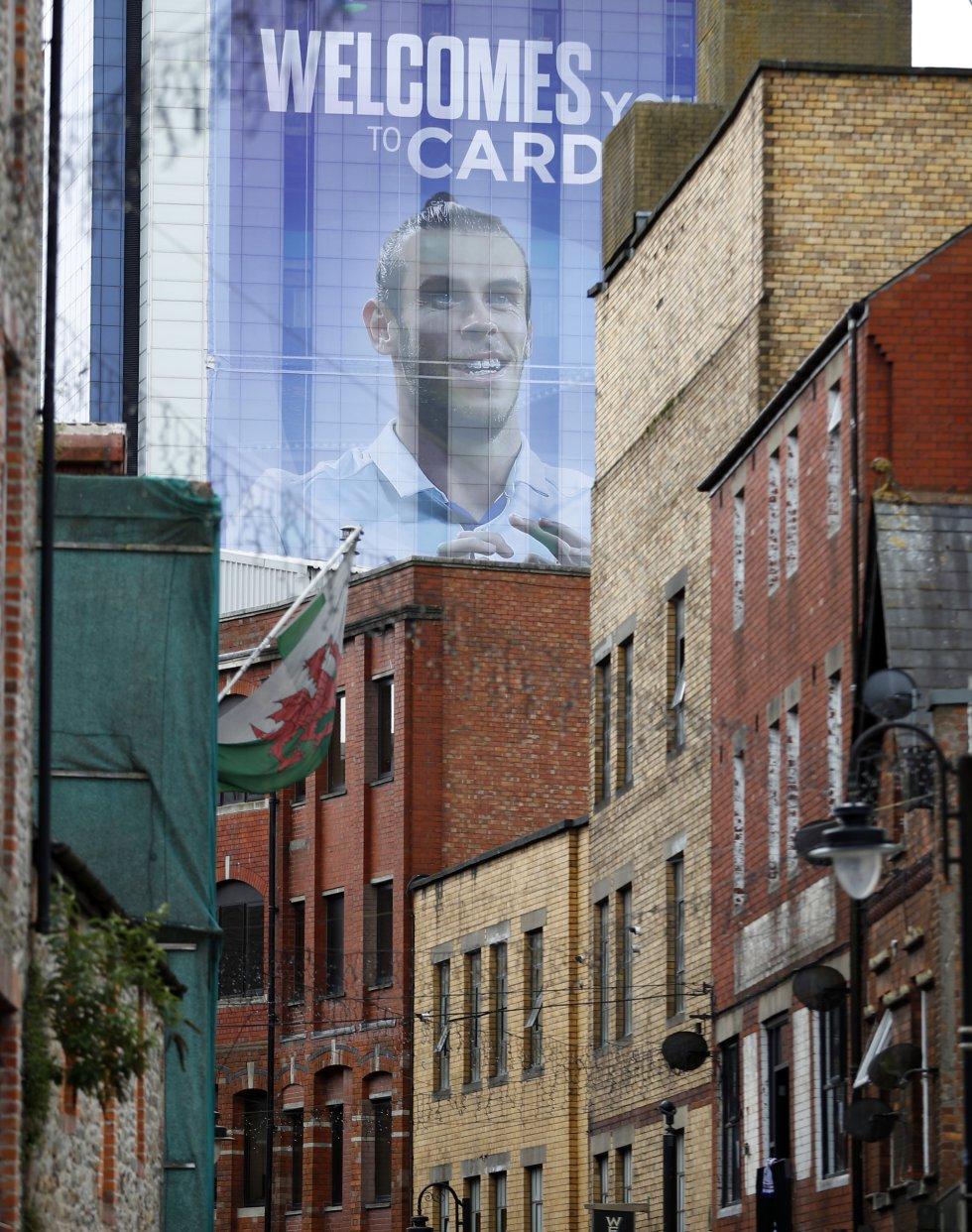Mural de Gareth Bale, jugador del Real Madrid y natal de Gales, en la ciudad de Cardiff.