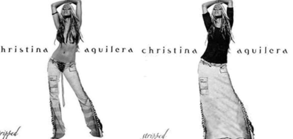 En 'Stripped', Christina Aguilera pasó a lucir falda en lugar del top y pantalones de la versión original.