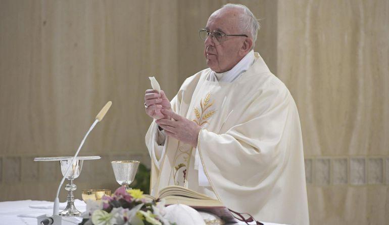 eb53688856b El Vaticano prohíbe las hostias sin gluten