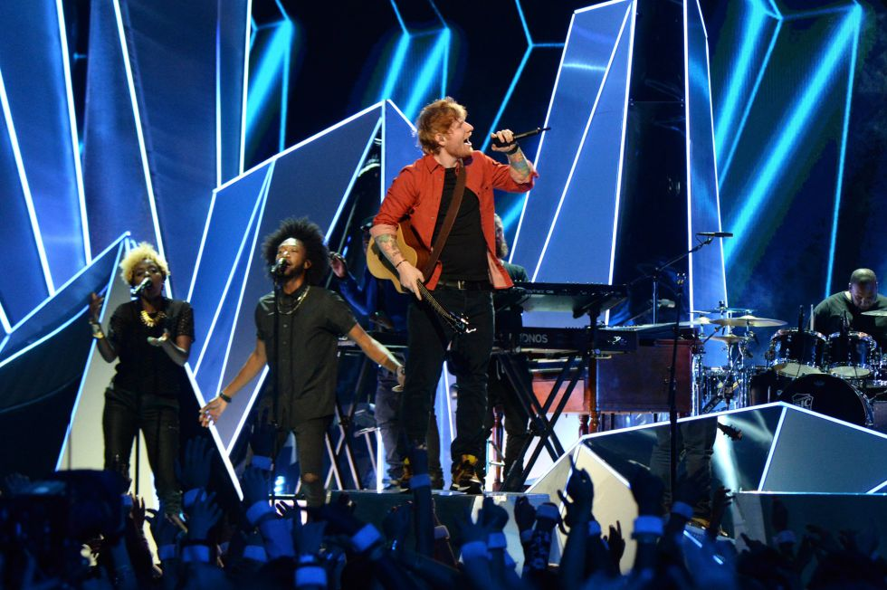 Ed Sheeran y Lil Uzi Vert durante su actuación en los MTV Video Music Awards 2017 in Inglewood, California.