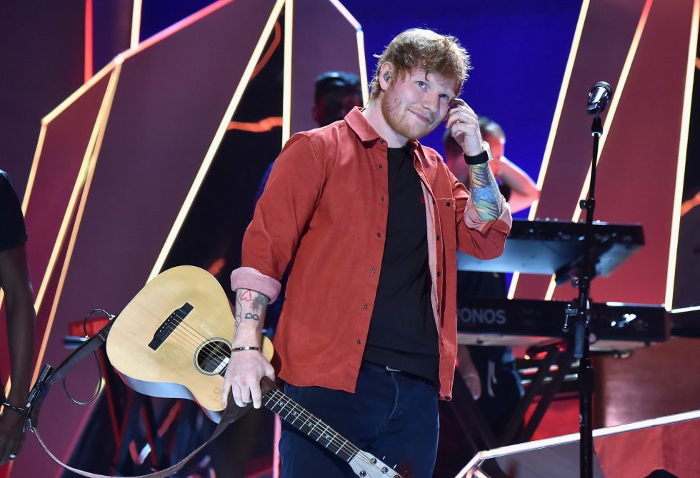 Ed Sheeran durante su actuación en los MTV Video Music Awards 2017 in Inglewood, California.
