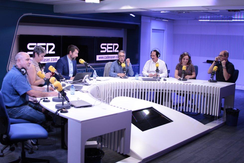 Antonio Martínez ('Sucedió una noche'); Celia Blanco ('Contigo dentro'), Jesús Soria ('SER Consumidor'), Manuel Molés ('Los Toros'), Ana Martínez Concejo ('Entre tiempos') y Nacho Ares ('SER Historia').