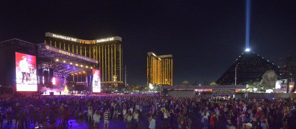 Vista general de uno de los escenarios del festival de música 'Route 91. Harvest', en las Vegas.