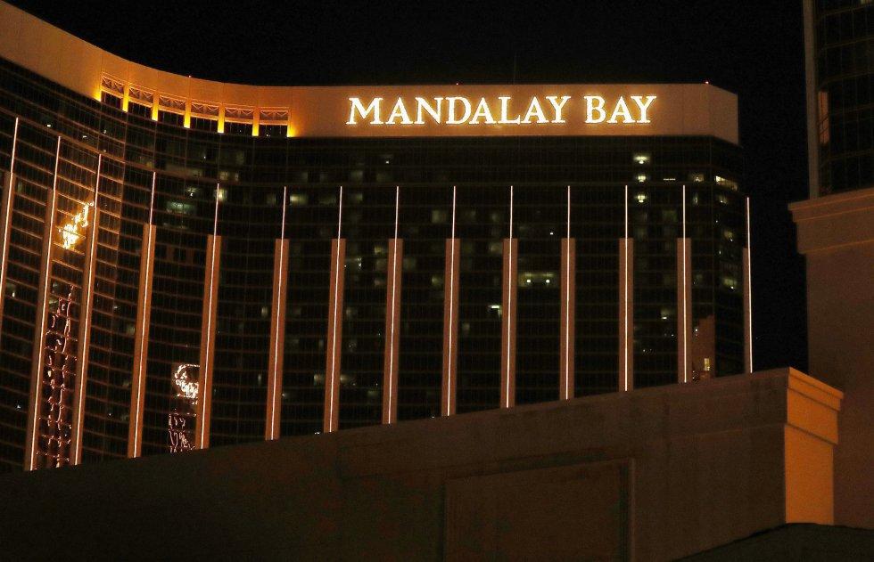 Vista de la fachada del hotel Mandalay Bay.