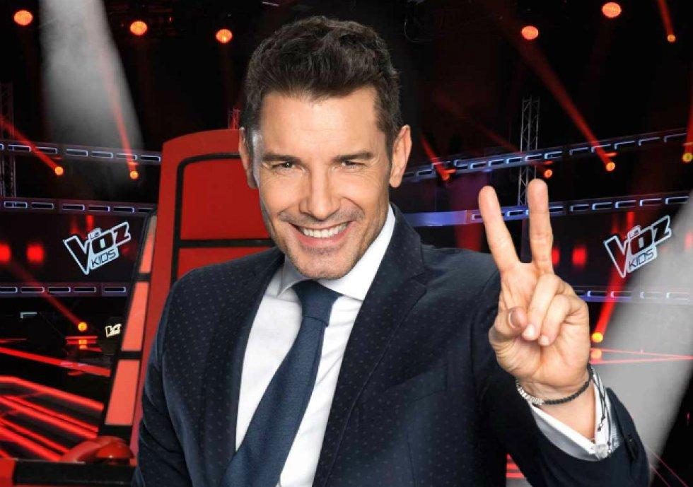 En la actualidad, Jesús Vázquez continúa en activo como uno de los presentadores fetiche de Mediaset, donde compagina su éxito al frente de 'La voz' con nuevos formatos que le van confiando desde el grupo como, por ejemplo, el regreso de 'Factor X'.