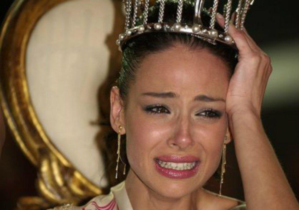 Y si Jorge Fernández ha sabido sacar provecho a su título de 'Míster España', la modelo, actriz y prsentadora Eva González no se queda atrás. En el año 2003, la sevillana ganaba el certamen de Miss España y, desde entonces, su carrera televisiva ha sido todo un éxito.