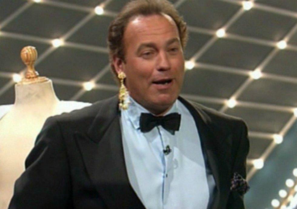 En 1995 llegaba el primer gran éxito de Bertín como presentador: 'Lluvia de estrellas' y 'Menudas estrellas', programas que condujo hasta el año 2001.