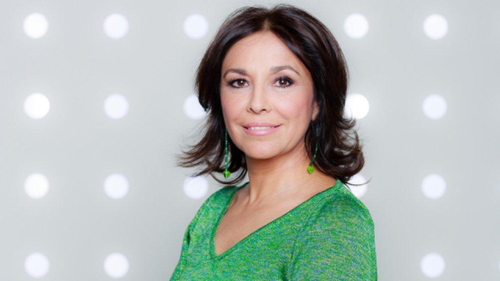Entre 2004 y 2017, Isabel se dedicó enteramente a la radio desde las ondas de Onda Cero. Solo en 2008 regresó puntualmente a Canal Extremadura para presentar 'Cuéntaselo a Isabel'.