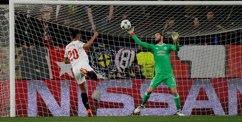Sevilla - Manchester United  El Sevilla le aprieta las clavijas al United  ... be9e06abf2e26
