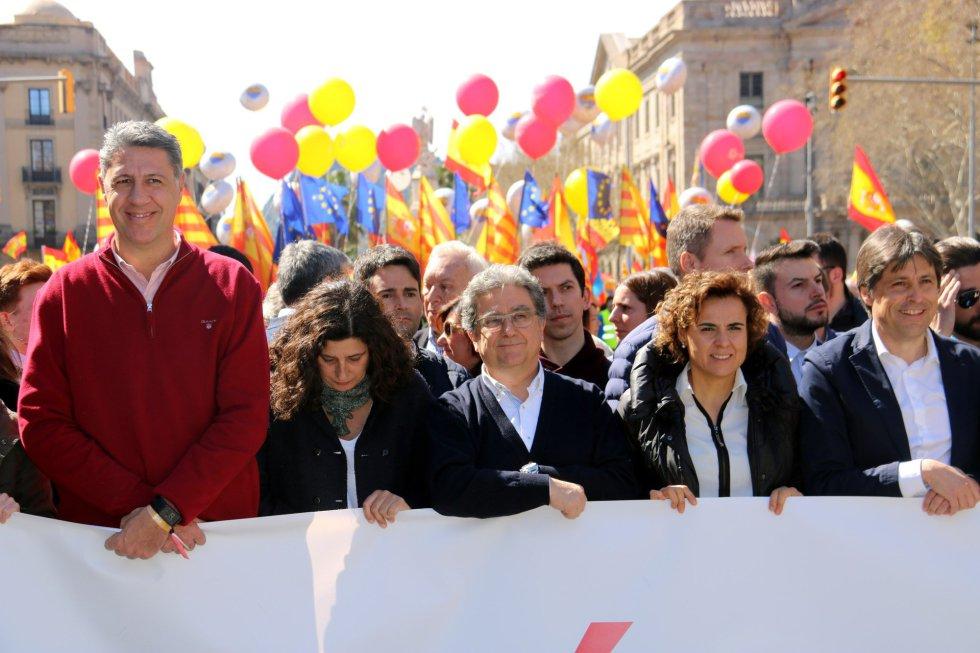 """[Ciutadans] Manifestación: """"Fuera el zorro del gallinero, Oficina Antifrau independiente"""" 1521379929_016610_1521395514_album_normal"""
