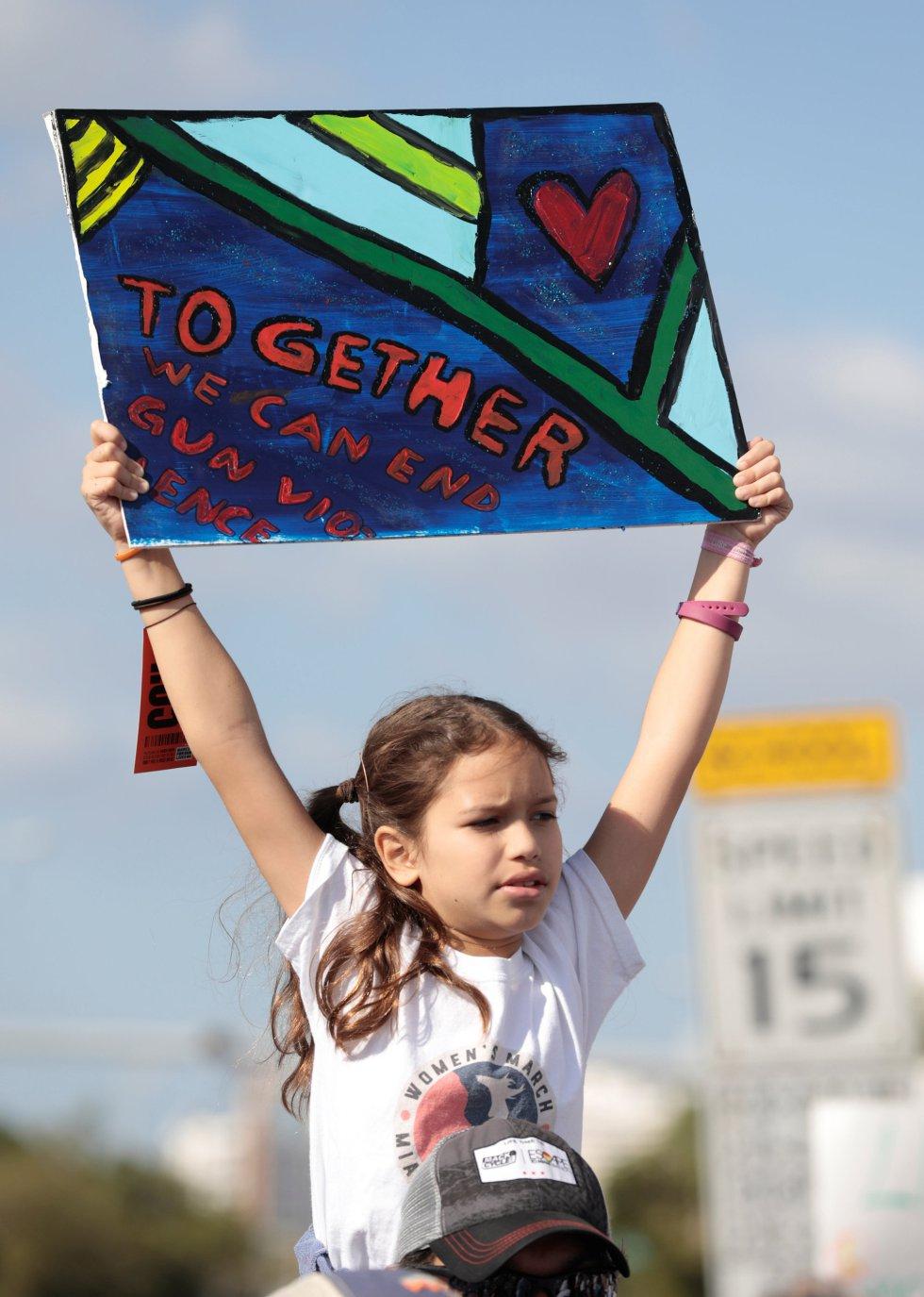"""""""Juntos podemos acabar con la violencia de las armas"""""""