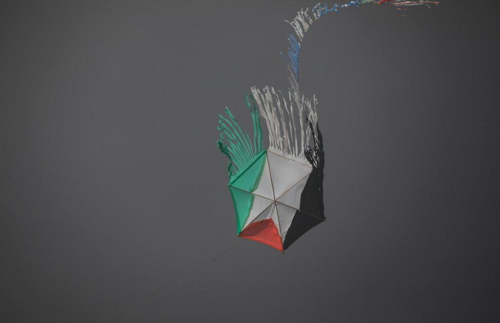 Una cometa con la bandera de Palestina