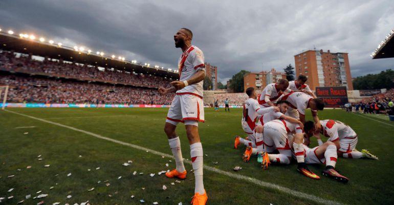 El equipo madrileño se convierte en el segundo equipo en ascender esta  temporada a Primera División tras el Huesca 8a1003d3e169c