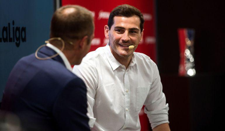 6183f33fd El portero del Oporto hace balance de su exitosa carrera con Manu Carreño