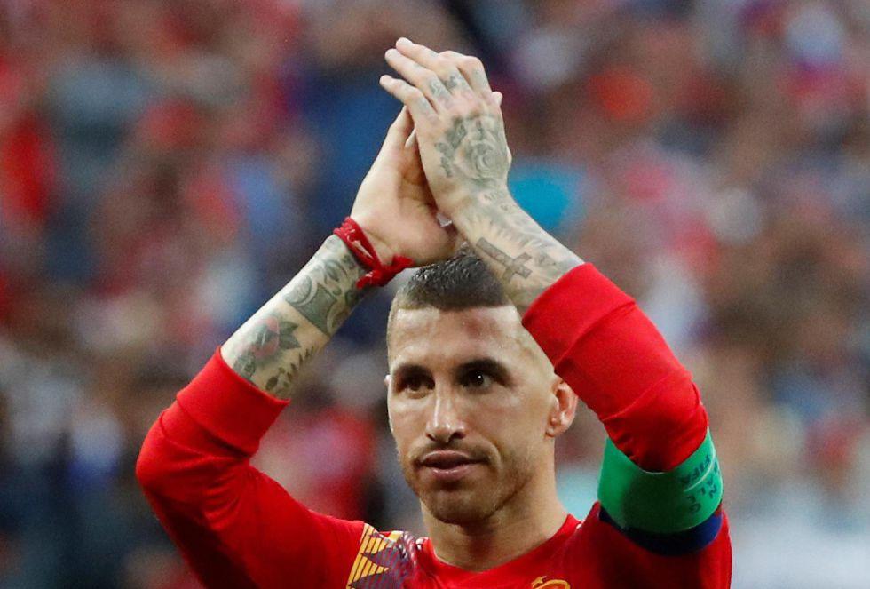 Ramos aplaude, después de la eliminación