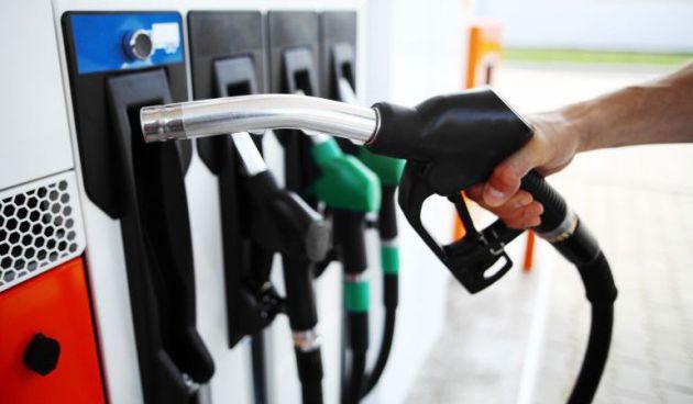 Etiquetado Gasolineras: Lo que debes saber para no equivocarte al repostar después del verano con el gran cambio de las gasolineras