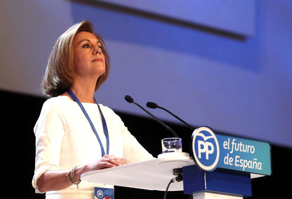 La secretaria general del Partido Popular, María Dolores de Cospedal, durante su intervención en la celebración del Congreso Nacional del Partido Popular, hoy en Madrid