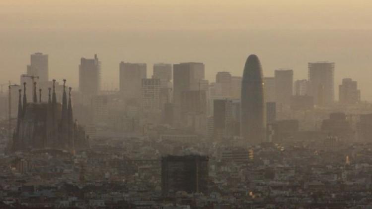 La concentración de CO2 en la atmósfera bate marcas de 800.000 ...